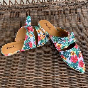 Like new tropical print flat loafer mule slides